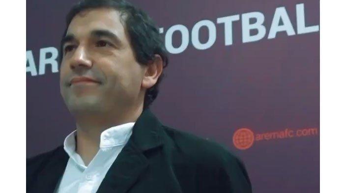 Diperkenalkan Resmi sebagai Pelatih, Eduardo Almeida Siap Pimpin Latihan Perdana Arema FC Hari ini