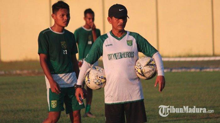 Sorot Padatnya Jadwal, Pelatih Persebaya Djanur Sebut Madura United Lebih Siap Jelang Derby Suramadu