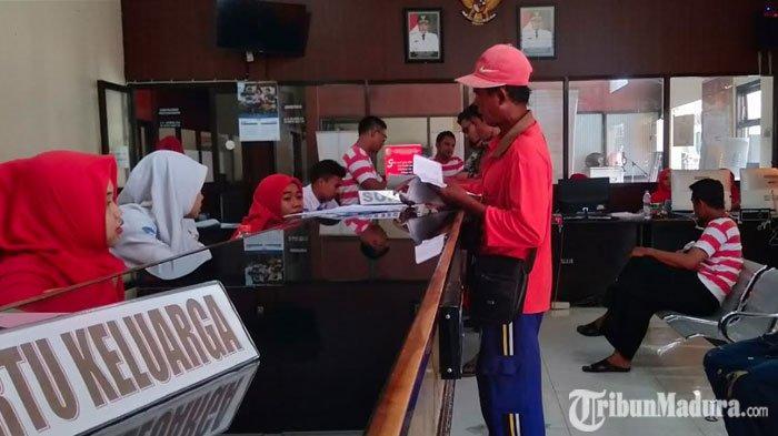 Stok Blangko E-KTP Kosong,Dispendukcapil Sampang Cetak Puluhan Ribu Suket Sejak Enam Bulan Lalu