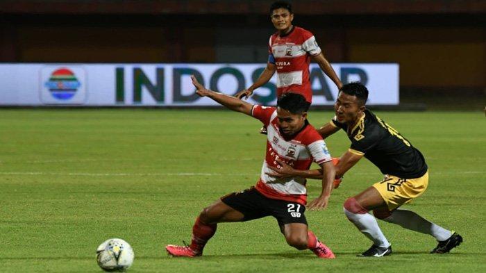 Aleksandar Rakic Bawa Keunggulan 1-0 Madura United Atas Perseru Badak Lampung FC