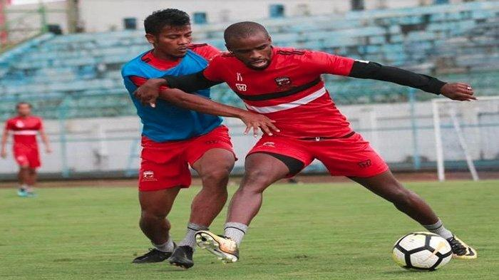 Madura United Gelar Ujicoba Vs Persewar Waropen, Tiket Pertandingan Akan Disumbangkan ke Yatim Piatu
