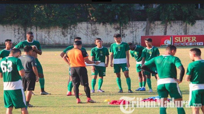 Madura United Vs Persebaya - Djanur Berharap Momentum Borneo FC Bikin Pede Lawan Laskar Sapeh Kerrab