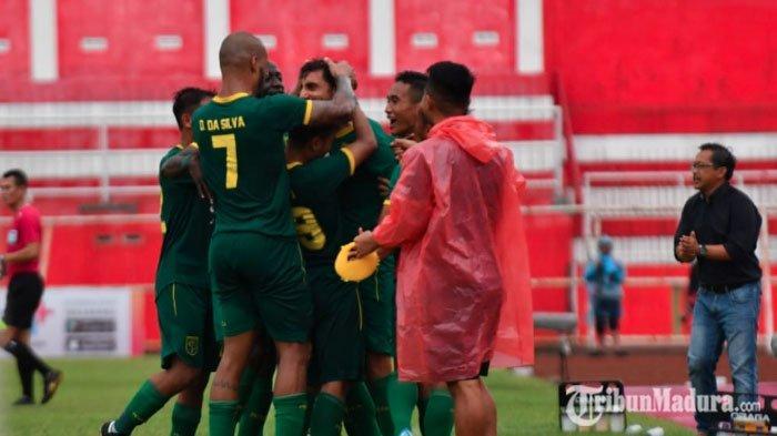 Persebaya Kalahkan Arema FC 4-2, Sekaligus Kukuhkan Diri Maju di Final Piala Gubernur Jatim 2020