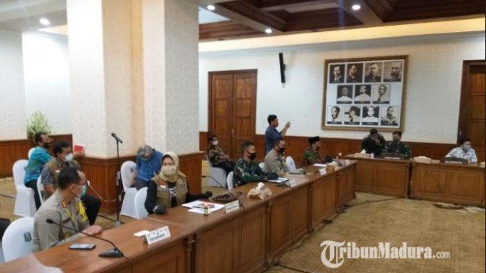 Rapat Koordinasi Bahas Rencana PSBB Malang Raya di Grahadi, Ada Sutiaji, Sanusi dan Wali Kota Batu