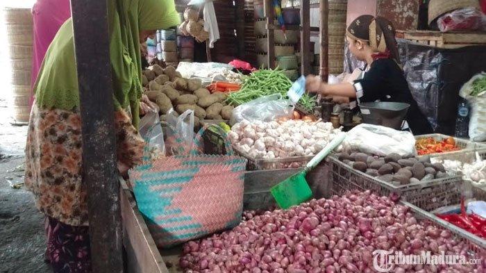 Masuki Bulan Ramadan, Sejumlah Bahan Kebutuhan Dapur di Sampang Madura Melonjak Naik