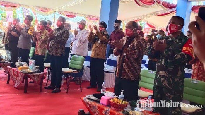 Pemerintah Kabupaten (Pemkab) Sampang menggelar pembukaan Rumah Sakit Daerah (RSD) Ketapang, Kamis (12/11/2020).