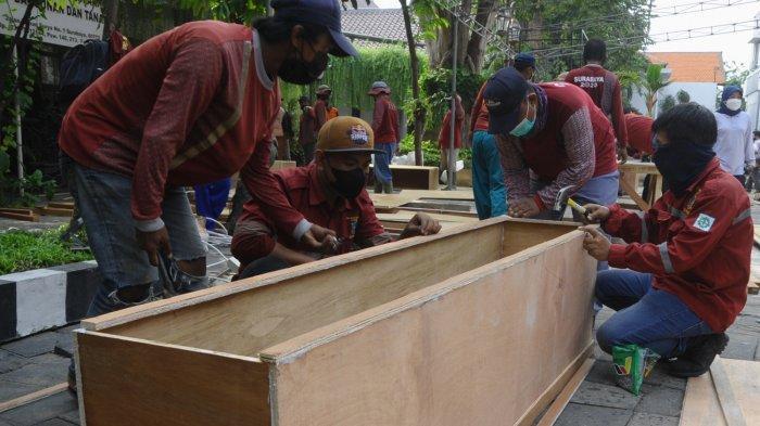 Angka Kematian Akibat Covid-19 di Kota Surabaya Meningkat dalam Sebulan Terakhir, Mengapa?