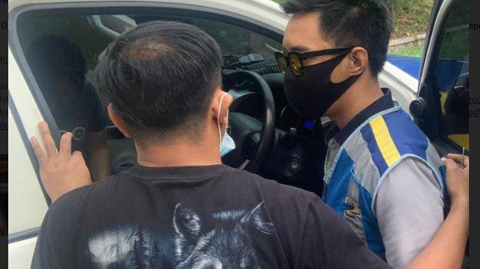 Oknum Petugas Jasa Marga Ditangkap Polisi, Kedapatan Simpan Ganja di Dashboard Mobil Patroli