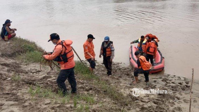 Keluarga Panik Munasir Tak Kunjung Pulang, Celana dan Linggis Jadi Saksi, Bengawan Solo Disusuri