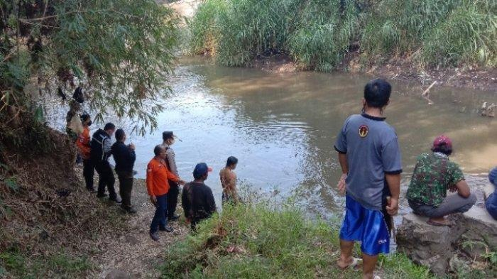 Pencarian Selama 2,5 Jam, Korban Tenggelam di Sungai Amprong Kota Malang Ditemukan Meninggal Dunia