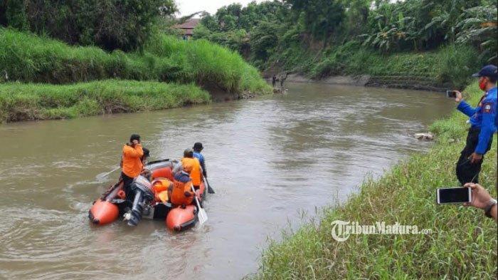 Buang Air Besar di Sungai, Tukang Pijat asal Situbondo Menghilang, Ada Sarung Korban Tertinggal