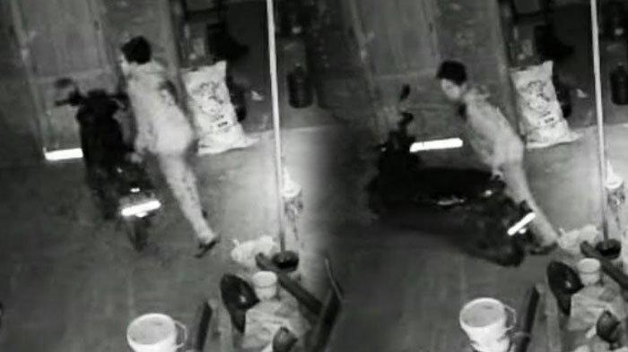 Aksi Pencurian Motor Honda Beat Terekam CCTV, Beraksi Saat Lampu Jalan Dipadamkan Karena PPKM