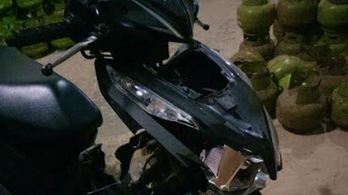 Kecelakaan Maut Bermula Saat Pengendara Motor Honda Scoopy Hendak Mendahului Mobil di Sumenep