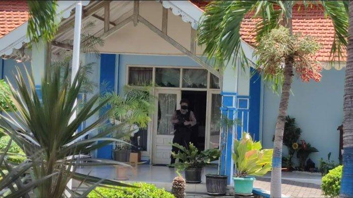 BREAKING NEWS - Tim Penyidik KPK Lakukan Penggeledahan di Kantor Dishub Probolinggo