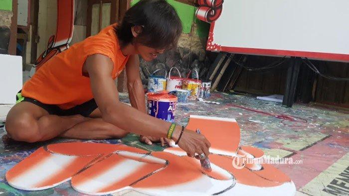 Berkah Pedagang Bunga di Sumenep Jelang Pelantikan Bupati dan Wakil Bupati, Kini Kebanjiran Order