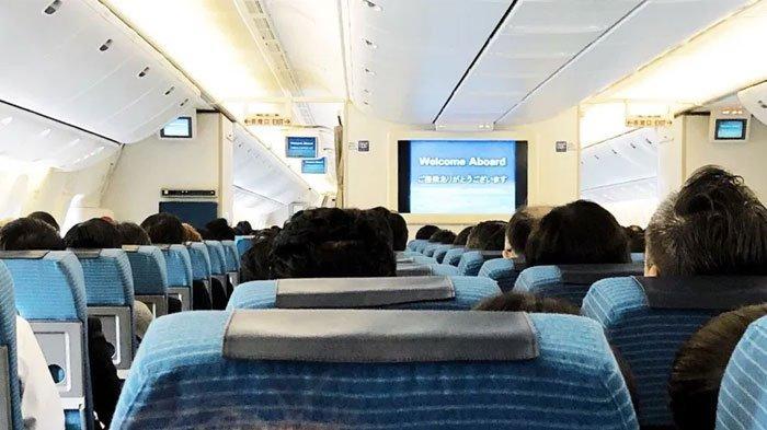 Pramugari di China Diminta Pakai Popok Selama Penerbangan, Cegah Penularan Covid-19 di Toilet
