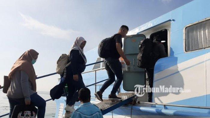 195 Penumpang Kapal Express Bahari Pulang ke Pulau Bawean, 12 di Antaranya Pekerja Migran Indonesia