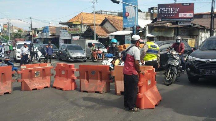 Jalan Mastrip Perbatasan Surabaya- Sidoarjo-Gresik Ditutup 24 Jam, Dibuka Lagi setelah PPKM Darurat