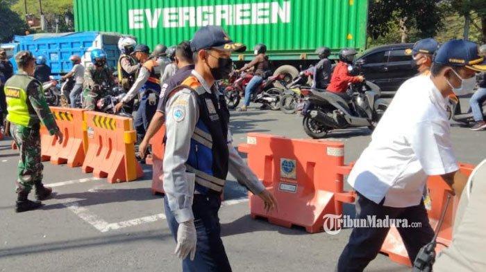 Penyekatan Surabaya, Bundaran Waru Ditutup Total Sehari Penuh, Warga Diimbau Lewat Jalan Alternatif
