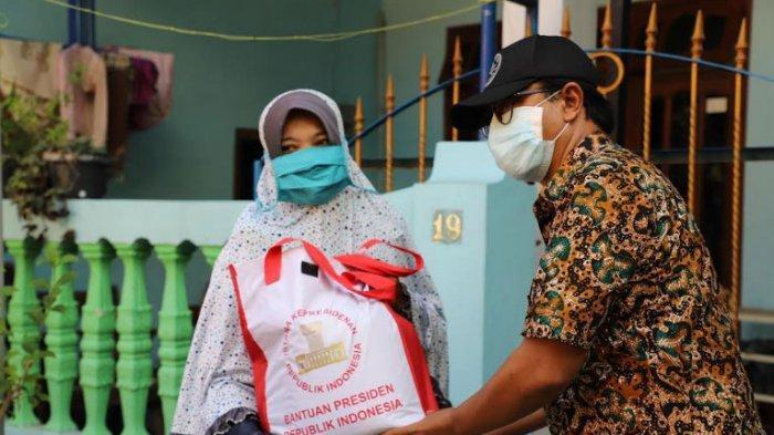 Mekanisme Pembagian Paket Sembako untuk 26.122 KK di Kota Surabaya, Penerima Bantuan Harus Difoto