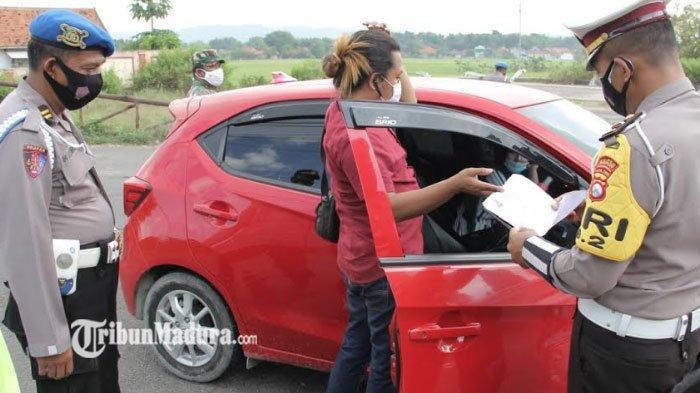 Pengendara Asal Bangkalan ini Terpaksa Putar Balik Saat akan Masuk Sampang, Hasil Tes Swab Reaktif