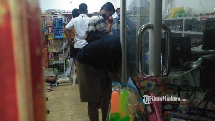 Ada Bekas Lubang Mirip Peluru di Toko Milik Anggota DPRD Bangkalan, Polisi Belum Menemukan Petunjuk