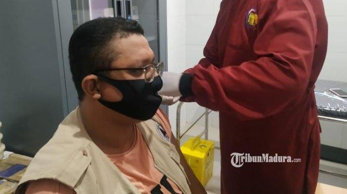 Cegah Penularan Virus Corona, Seluruh Relawan FRPB Pamekasan Jalani Vaksinasi Covid-19 dari Pemkab