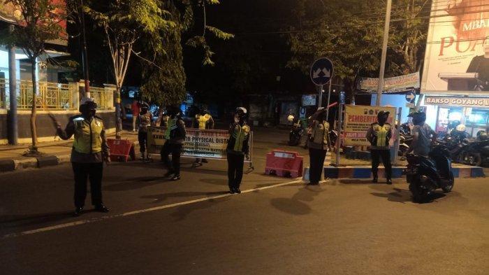 Picu Kerumunan, Ruas Jalan di Area Taman Monumen Arek Lancor Pamekasan Ditutup Selama PPKM Darurat