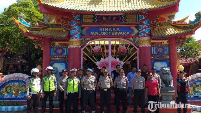 Perayaan Tahun Baru Imlek,Vihara AvalokitesvaraPamekasan Dijaga Ketat Polisi Selama Dua Hari