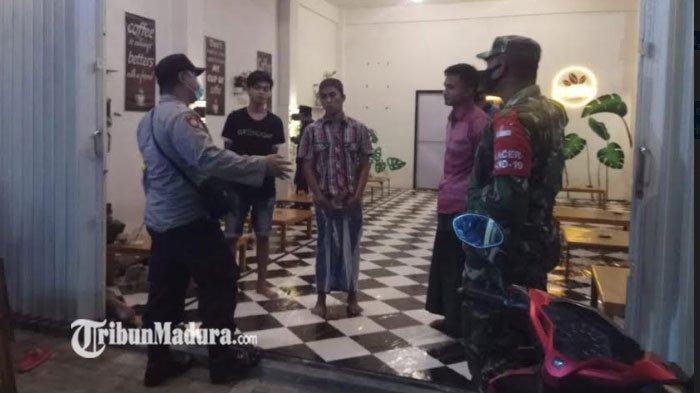 Sejumlah Cafe di Palengaan Pamekasan Dirazia TNI-Polri, Ingatkan Pemilik dan Pengunjung Patuh Prokes