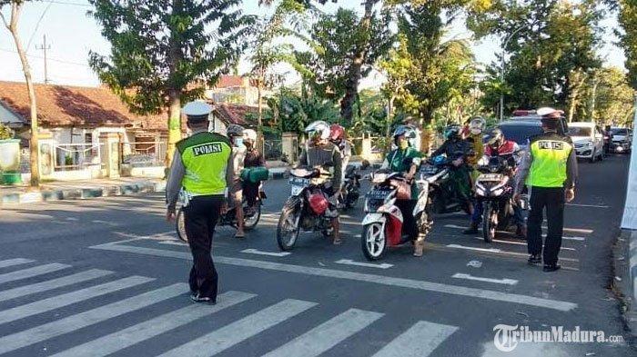 Satlantas Polres Pamekasan Tindak 828 Pelanggar Lalu Lintas selamaOperasi Patuh Semeru 2020