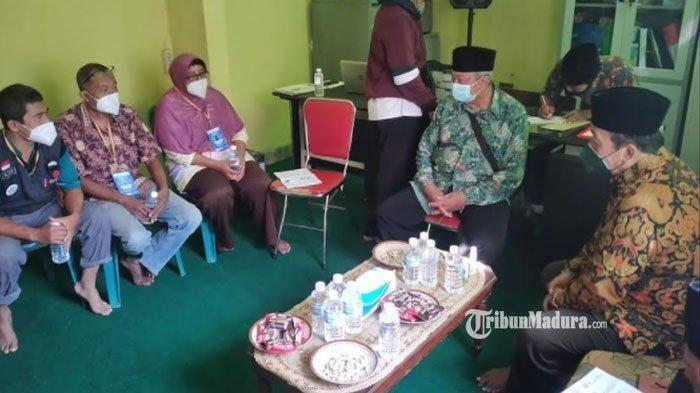 Tekan Kasus Covid-19 di Bangkalan, Relawan Lakukan Pendekatan Masyarakat dari Sisi Non Medis