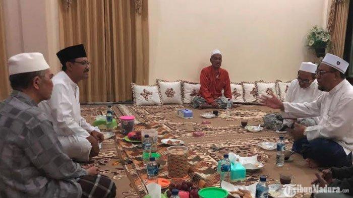 Polsek Tambelangan Dibakar,Saifullah Yusuf Gelar Pertemuandengan Ulama di Madura, Begini Hasilnya