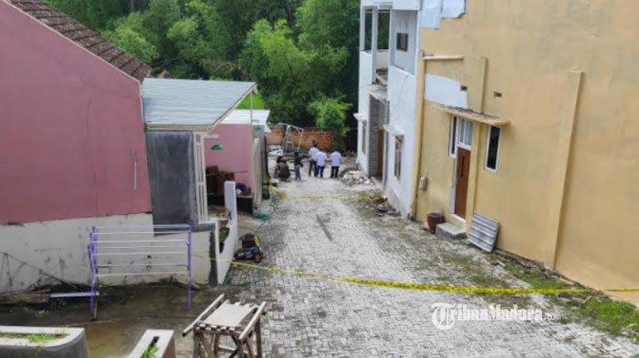 Detik-Detik Rumah di Malang Longsor, Tetangga Rasakan Getaran Tanah, 1 Korban Hilang Terbawa Arus