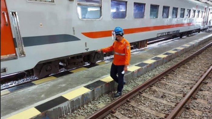 Naik Kereta dari dan ke Jakarta Tidak Perlu SIKM Lagi, Penumpang Wajib Isi Corona Likelihood Metric