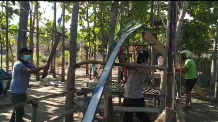 Polisi Bubarkan Balap Kelereng di Sampang, Puluhan Warga Semburat Kocar-kacir Kabur ke Semak-semak