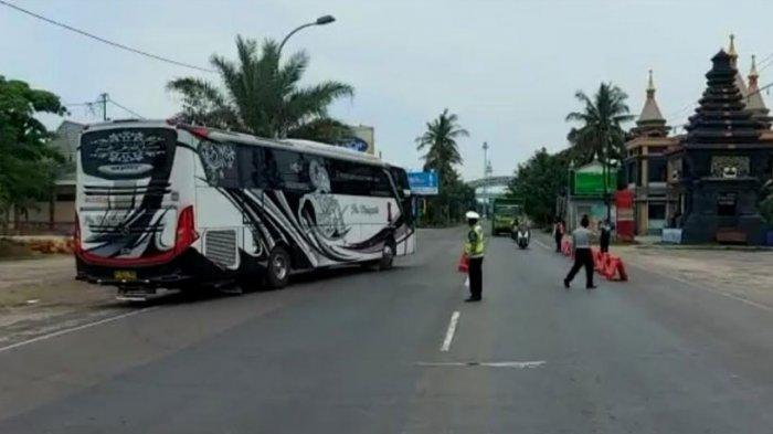 Moda Transportasi Dibuka, Bus yang Masuk Jatim Dicek Ketat, Angkut Penumpang Sesuai SE Gugus Tugas