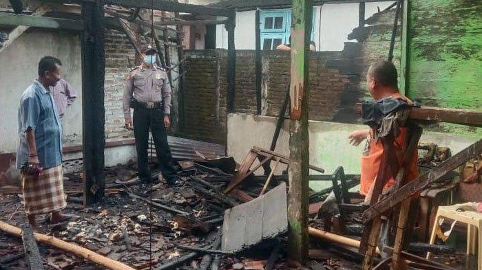 Kronologi Warung Kopi Milik Warga di Desa Tlanak Lamongan Ludes Terbakar, Diduga Korsleting Listrik