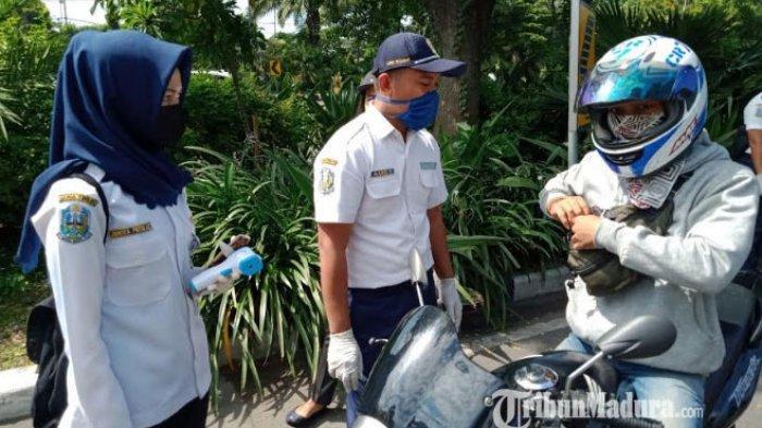 Jenis Pelanggaran PSBB Surabaya yang Sering Ditemukan Petugas saat Screening di Titik Check Point