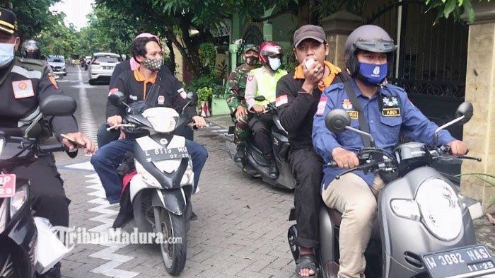 Pemungutan Suara Ulang Pilkada Surabaya 2020 di TPS 46 Digelar, Petugas Door to Door Jemput Pemilih