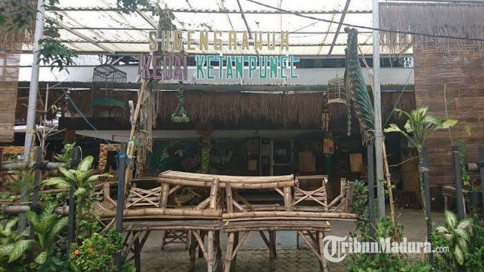 Imbas Wabah Corona dan Penutupan Jalan Darmo, Pedagang Merugi hingga 70 Persen
