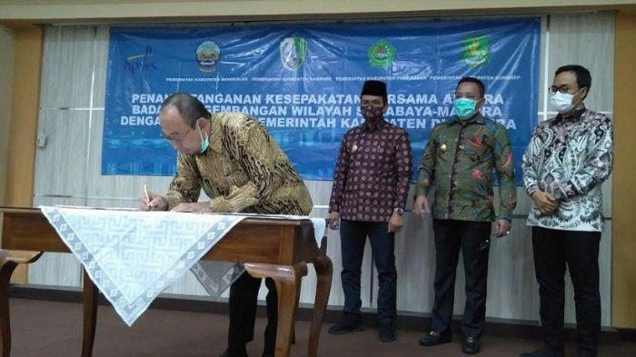 Empat Bupati di Madura Rapatkan Barisan Membangun Madura Bersama Badan Pengembangan Wilayah Suramadu