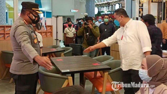 Hari Kedua PPKM Surabaya, Operasi Pemantauan Pusat Perbelanjaan dan Restoran Dilakukan Setiap Hari