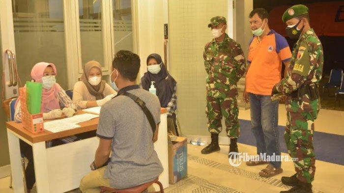 Tiba di Lamongan, 23 Pekerja Migran Indonesia dari Malaysia dan Singapura Wajib Jalani Karantina