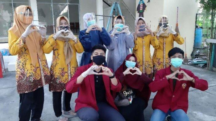 Mahasiswa Universitas Muhammadiyah Malang Memulai PMM dengan Membantu Kegiatan Posyandu di Sampang