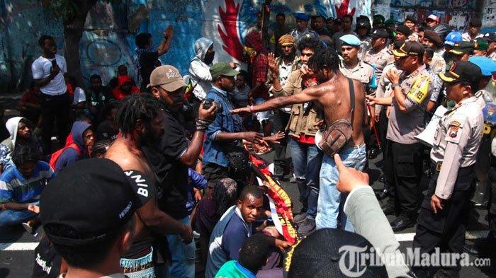 Kericuhan Demonstrasi Aliansi Mahasiswa Papua Mereda,Jalanan di Kota Malang Kembali Dibuka