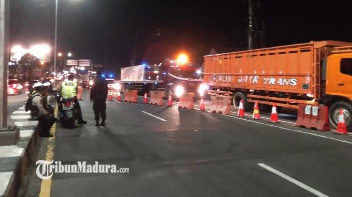 Kemacetan Imbas Akses Menuju Kota Malang Ditutup, Pengendara Hanya Bisa Pasrah, ini yang Dilakukan