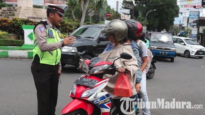 Pengendara yang Bawa Kendaraan Mati Pajak Bisa Ditilang Aparat,Polisi Ingatkan Tertib Bayar Pajak