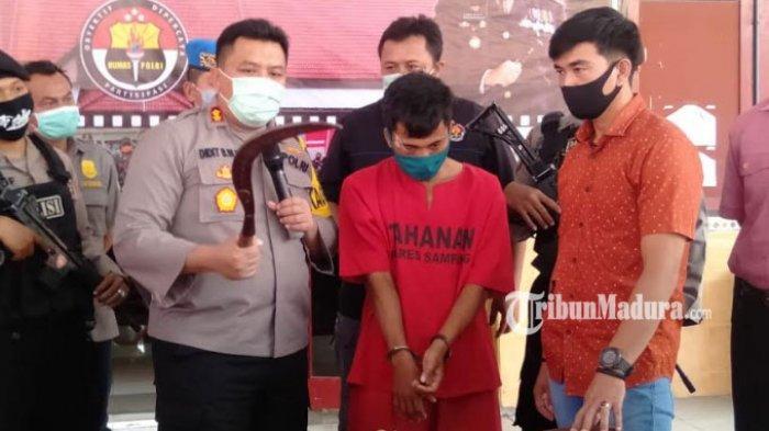 Pria Sampang Keluarkan Celurit, Ancam Polisi Lewat Video di Facebook, Tak Berkutik Saat Tertangkap