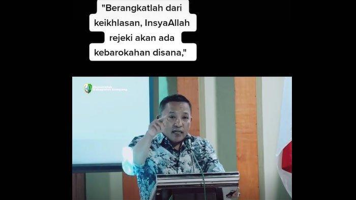 Video Bupati Sampang Jadi Trending Status WA Kaum Milenial, Ini Pesan yang Diberikan Slamet Junaidi